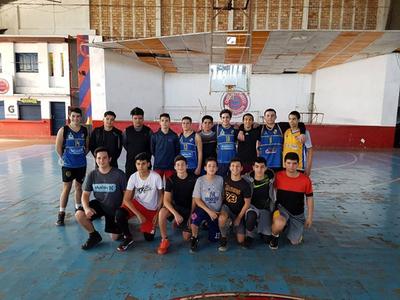 Encarnacena se prepara para nacional de básquet