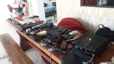 Detienen a policía que lideraba una red internacional del narcotráfico