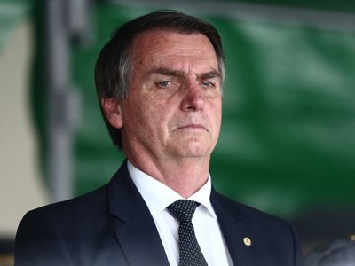 Apoyo a Bolsonaro aumenta levemente tras sufrir atentado
