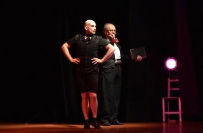 Ser O No Ser Mea Culpa Sube A Escena En El Teatro Latino