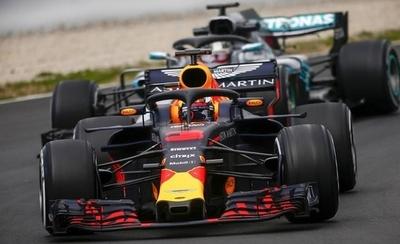 HOY / F1: Red Bull lidera los primeros libres en Singapur