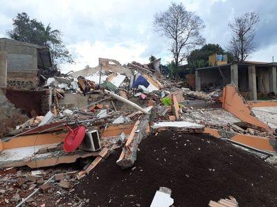 Se derrumbó un edificio en Ciudad del Este