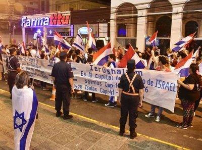 Marcharon para exigir que embajada siga en Jerusalén