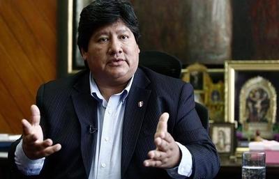 HOY / Congreso de Perú rechaza amenaza de la FIFA de suspender a Federación Peruana