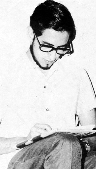 Hace 50 años fallecía el joven intelectual René Dávalos