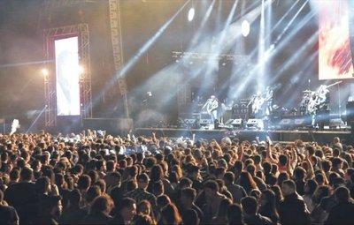 Buenos grupos paraguayos hubo anoche en Kilkfest