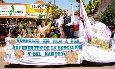Itauguá invita a festejos por el día nacional del ñanduti