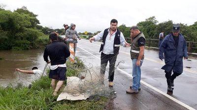Incautan redes de pesca no permitidas en Paraguarí
