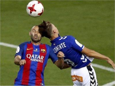 Crean un collar especial para proteger a futbolistas de golpes en la cabeza