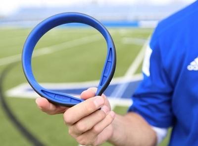 HOY / Crean un collar especial para proteger a futbolistas de golpes en la cabeza