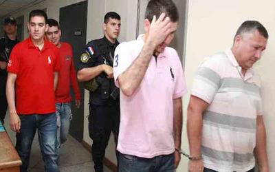 Juez levanta prisión de policías procesados en caso Berilo