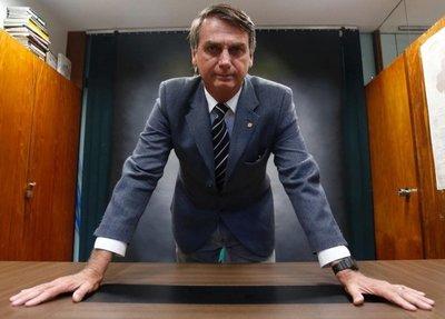 Jair Messias Bolsonaro, o la Hora de la Espada