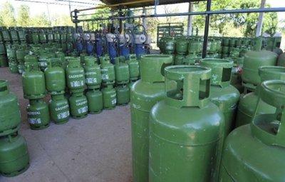 Anuncian posible baja del precio del gas en diciembre