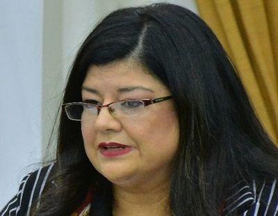 Carolina Llanes dice que hará cumplir la ley