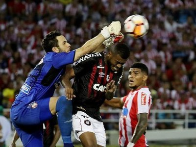 Paranaense le arranca un empate al Junior en Barranquilla