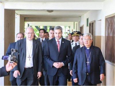 Marito y su comitiva participarán en desayuno con obispos