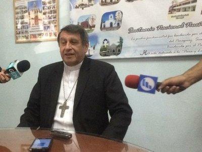 Monseñor Valenzuela pide tiempo para criticar a Mario Abdo