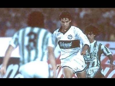 """HOY / Libertadores del 89, las amenazas y el ¿dilema?: """"Era ganar la Copa y no salir del estadio"""""""