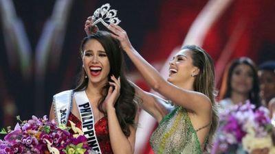 Candidata filipina obtiene la corona de Miss Universo