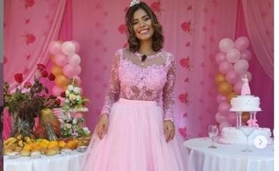"""Lety Mancuello Celebró Su Cumpleaños Como """"quinceañera"""""""