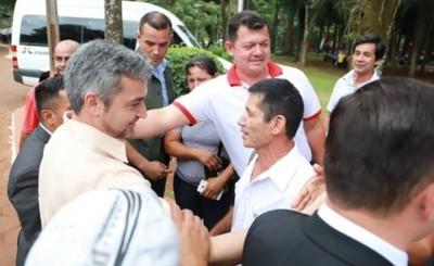 Visita sorpresa de Marito a interventora en la Municipalidad