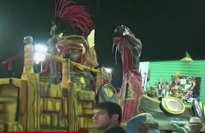 Club Sacachispas prepara carroza denominada Fiesta de las Máscaras