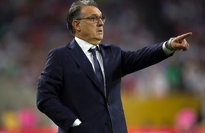 México define amistosos con Chile y Paraguay mientras espera a Martino