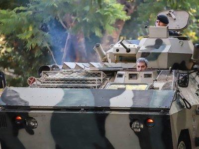 Mario Abdo supervisa instalaciones del Regimiento Escolta Presidencial