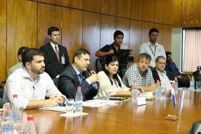 Inician diálogo para modificar ley del SMO