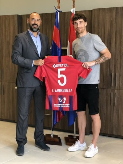 Fernando Amorebieta se suma desde este lunes al Club Cerro Porteño