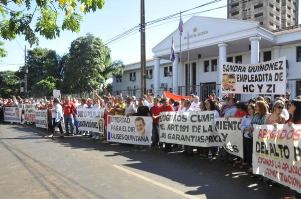 Leales a Ulises Quintana exigieron su libertad en una manifestación