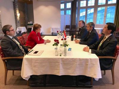 En reunión con representante del BM, jefe de Estado recibe apoyo a su programa de Gobierno