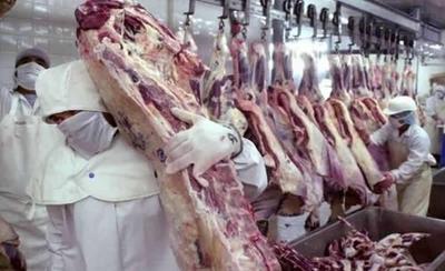 HOY / Super y varios otros comercios  'juegan' a la inflación: precios de  carnes se están disparando