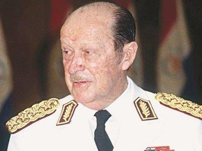 10 libros para analizar y entender la dictadura de Stroessner
