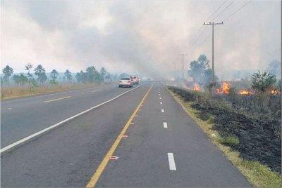 Incendios en pastizales causan serios peligros
