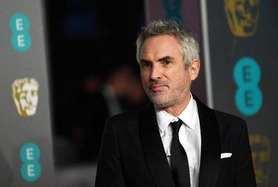 Cuarón y Del Toro critican que los Óscar entreguen premios durante anuncios