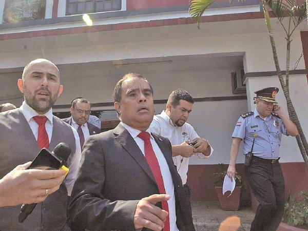 Roberto Cárdenas, a juicio por derrumbe en colegio de Lambaré