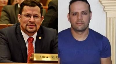 """HOY / Cucho, su """"maquillador"""" de plata  y otros 36 implicados estarían  ligados a la mafia turca"""