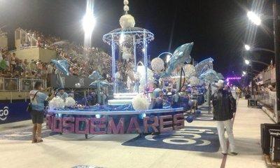 Colorido cierre del Carnaval Encarnaceno