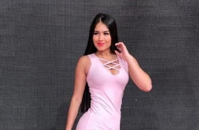 Modelo paraguaya en anuncio triple X