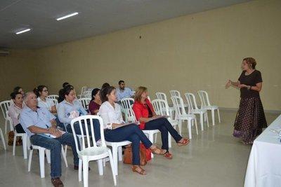 Veterinarios participan de jornada de capacitación científica