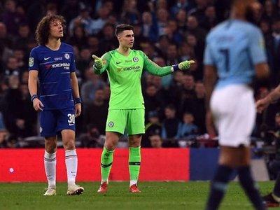Tras incidente, Sarri no descarta sentar a Kepa contra el Tottenham