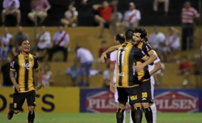 HOY / Da un salto en la clasificación y comparte con Cerro Porteño
