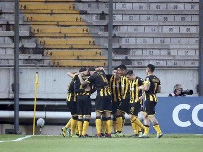 El Peñarol hunde al San José y alcanza el segundo lugar
