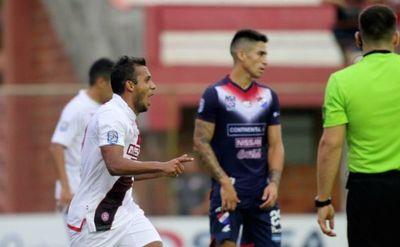 River Plate igualó con Nacional