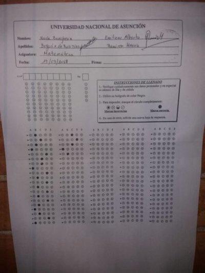 Denuncian venta de respuestas de exámenes de la UNA