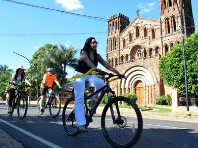 Villarrica: Mujeres pedalearon con tacos para reivindicar sus derechos