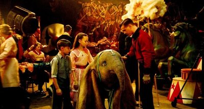 Dumbo vuela con Tim Burton