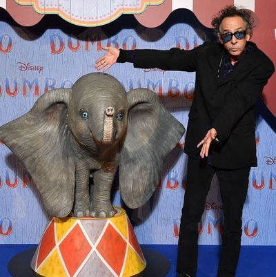 """Tim Burton: """"Dumbo está tratando de encontrar su lugar en el mundo"""""""