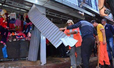 Derriban casillas instaladas irregularmente